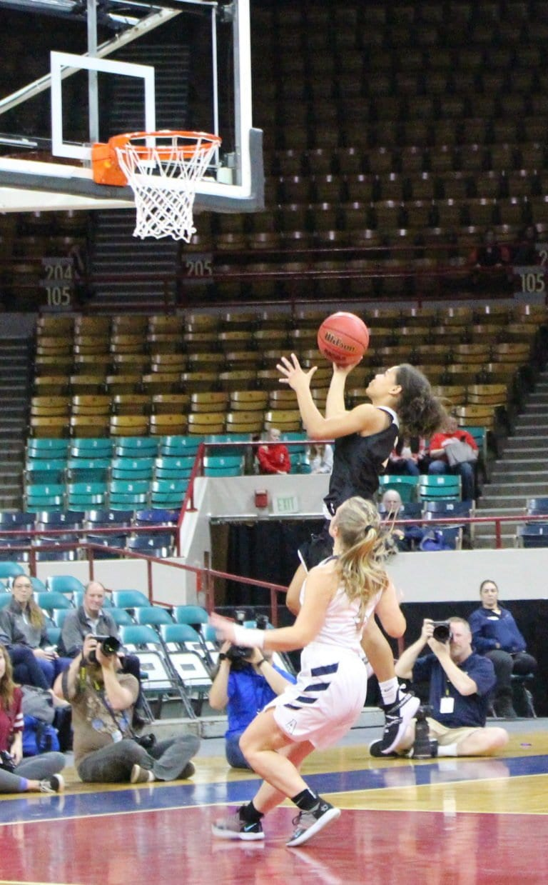 Late Foul Sends Pueblo South to 4A Finals