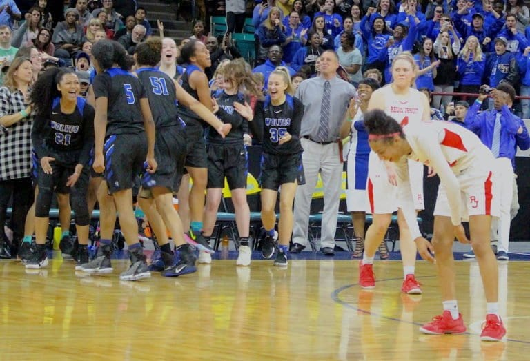 Grandview Powers Past Regis into 5A Finals